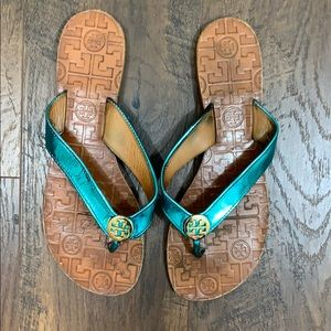 Tory Burch THORA metallic blue sandals